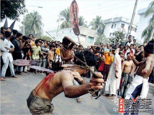 资讯生活【图】印男子割舌祭祀失血过多死亡 盘点世界上的奇葩诡异习俗